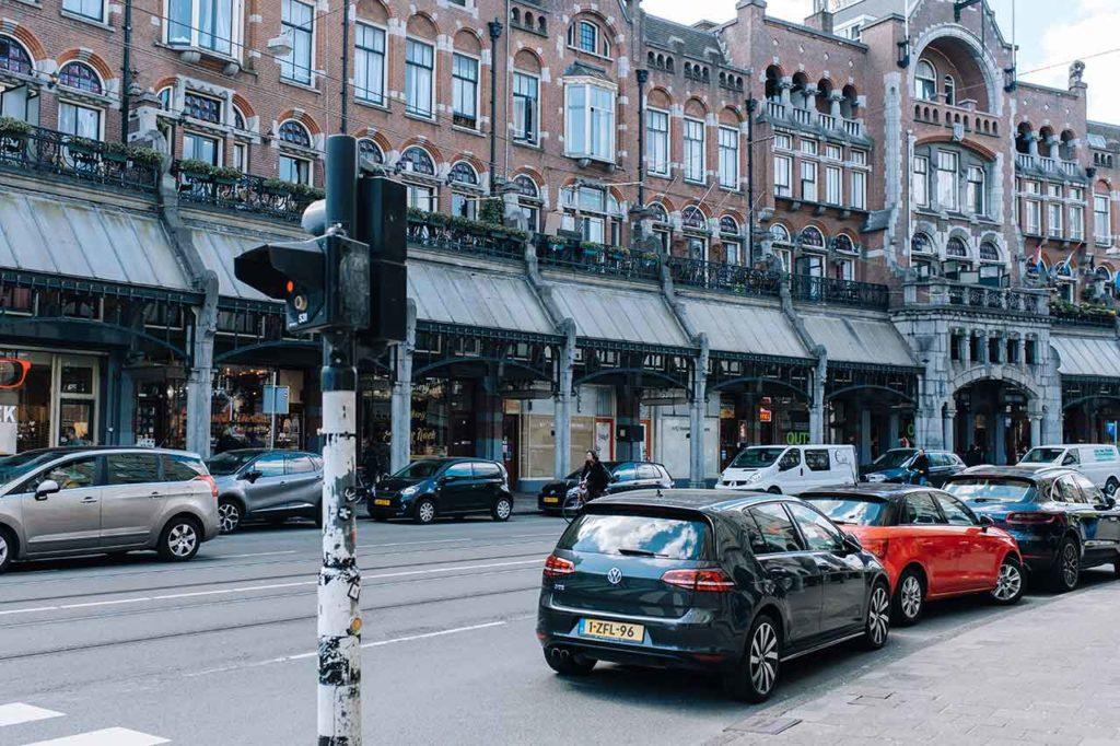 Parking à Amsterdam : Stationnement, Tarifs, Lieux, Règles et Park & Ride