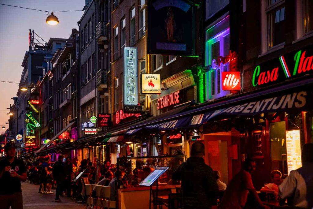 À la découverte du quartier rouge d'Amsterdam : Infos & Conseils